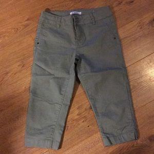 D. Jeans Capris size 4